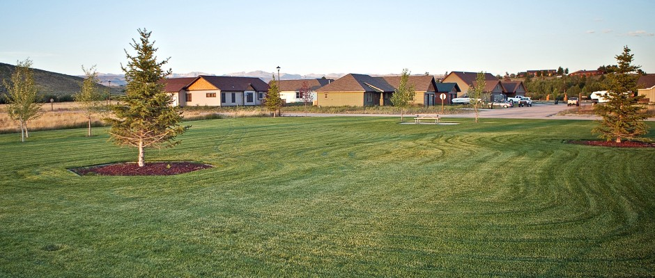 Landscaped Parks, Common Areas, & Bike Paths